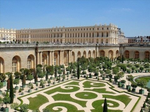 Experience the Grandeur of the Palace of Versailles